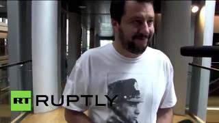 Matteo Salvini в футболке с Путиным