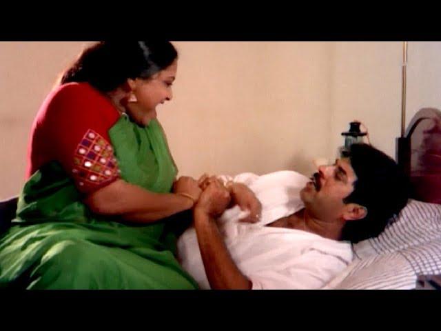 മന�ഷ�യൻ ഇല�ലാത�ത സമയം ഉണ�ടാക�കി വര�മ�പോഴാ അവൾടെ ഒര�...!! | Mammootty | Saritha | Best Scene