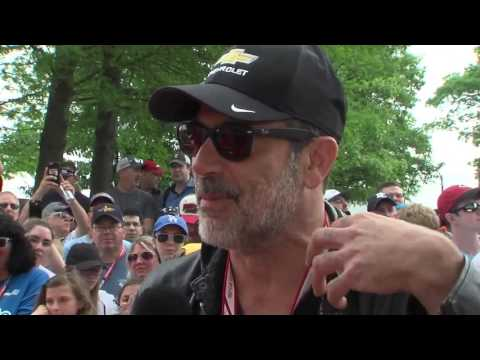 Actor Jeffrey Dean Morgan on the red carpet before the Indy 500