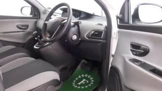 CHRYSLER YPSILON 2012 Videos