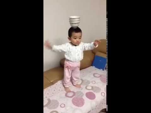 Cute Chinese Baby Dancing to Indian Song!