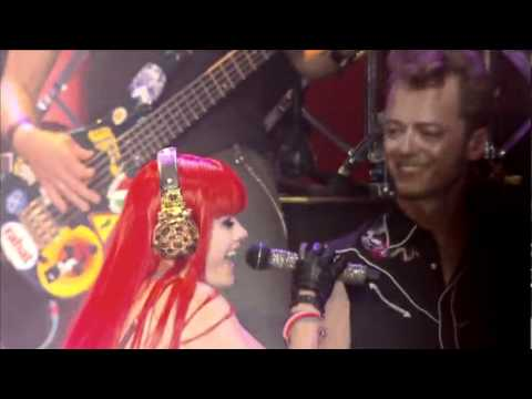 Aqua - Barbie Girl.( Live 2009)