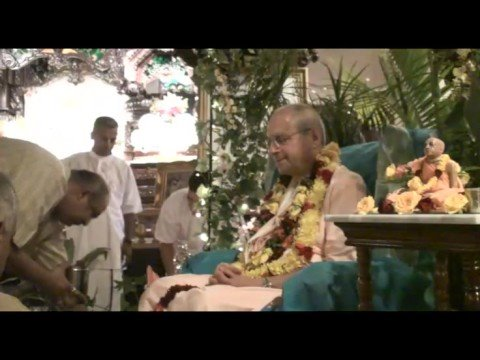 Giriraj Swami Vyas Puja - Bhajan and Bathing of the Feet - 5of11
