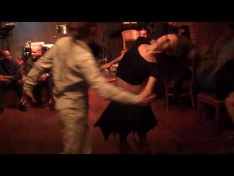 Kim & Leon Perform Zouk Lambada at Iguana