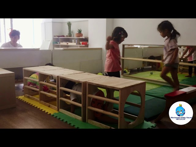 Happy time - Montessori Baby House
