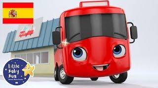 Dibujos Animados | Mi Pequeño Autobús Rojo y el Autolavado | Little Baby Bum en Español