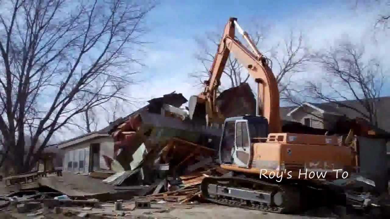 Demolish A House With Case Excavator