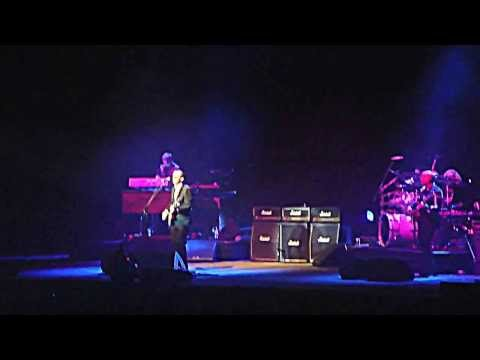 "Joe Bonamassa - ""Driving Towards The Daylight"" - Luna Park 16/8/2013"