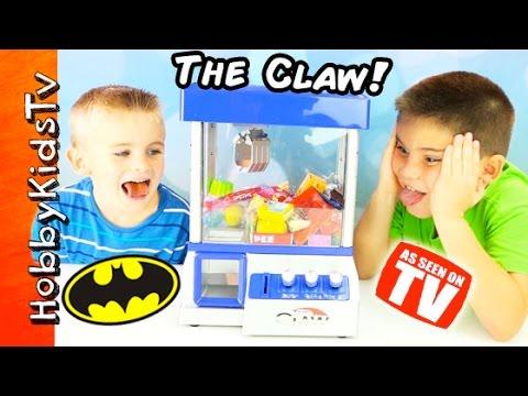 Surprise Candy + Toy Dispenser! Minecraft Toys - No Cheating HobbyPig, HobbyFrog by HobbyKidsTV