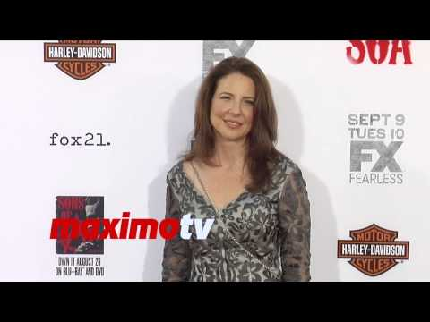 Robin Weigert  Sons of Anarchy Season 7 Premiere  Red Carpet