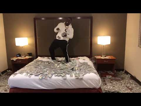 Blac Youngsta Throws $2 Million In Cash All Over His Hotel Room!