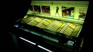 "Seeburg LPC1-R Playing ""Baker Street"" by Gerry Rafferty"