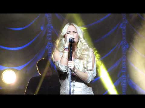 Carrie Underwood - INXS Cover of Never Tear Us Apart (Live at Sydney Opera House) 02/07/12