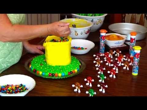 m&m-cake-for-an-m&m-3-year-old-girl