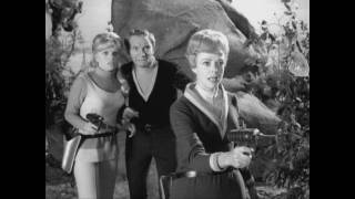 Lost in Space: Season 1 Slide Show to Rush 2112