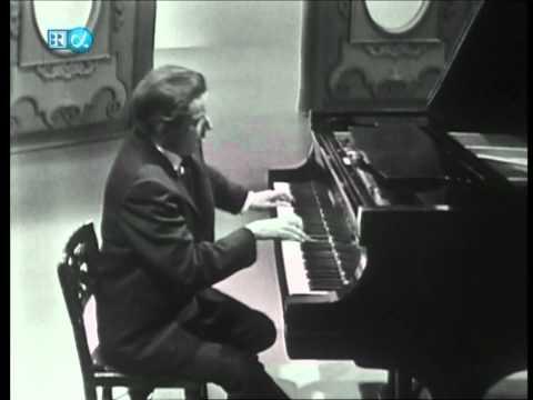Glenn Gould-Beethoven-Sonata No.31 op.110 (HD)