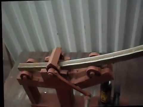 видео: Простой самодельный трубогиб/homemade simple square tubing bender
