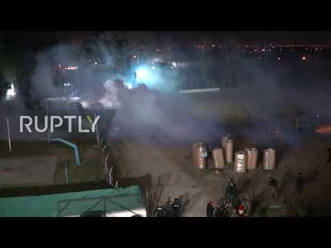 Greece: Clashes erupt overnight at Kastanies border crossing