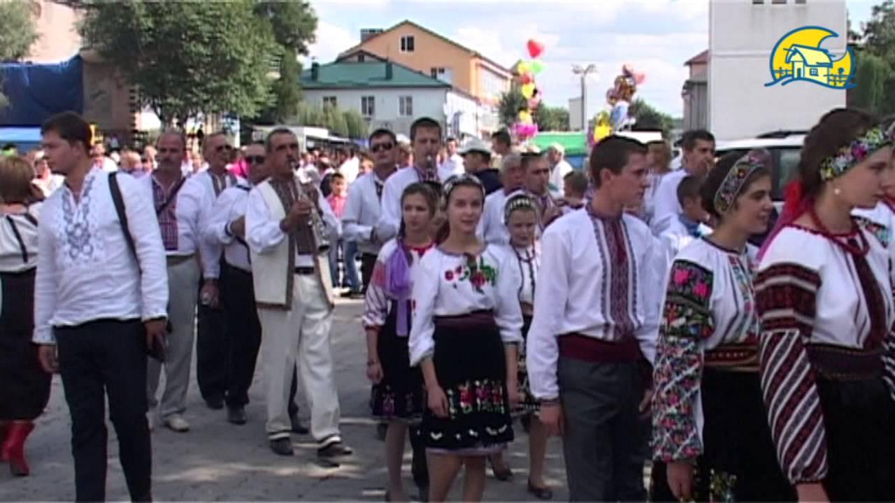 В Борщівському краї цвітуть вишиванки - YouTube 91a16f79856d2