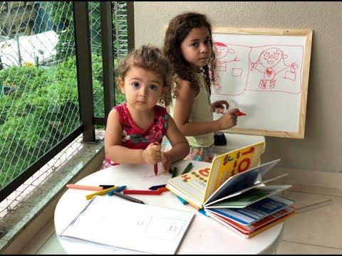 Uma escolinha do barulho - Alice e Sofia