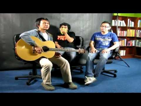 Efek Rumah Kaca - Cinta Melulu - Live @ MalaysiaKini [ERK]