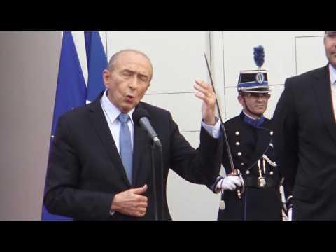 La passation de pouvoir entre Matthias Fekl et Gérard Collomb. Paris/France - 17 mai 2017