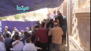 فيديو| لحظات دخول جثمان سامى العدل إلى القبر