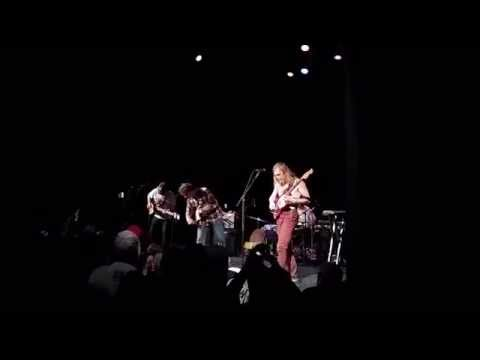 Mac DeMarco - A Heart Like Hers (Live at The Bearsville Theater, Woodstock NY 10/11/2015)