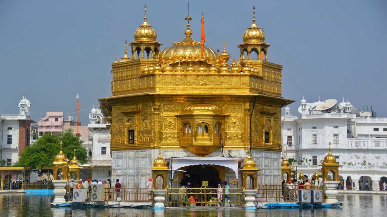 the golden temple - gurudwara - homage to amritsar - sri harmandir