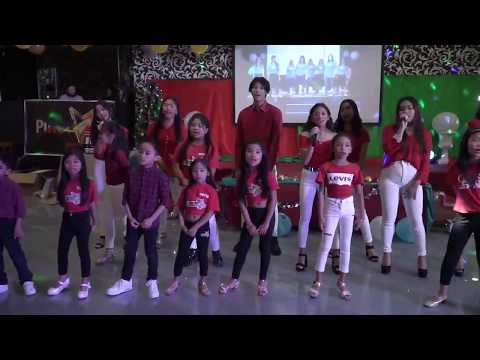 ACOUSTIC CHRISTMAS MEDLEY - PINOY STARS IN ROME