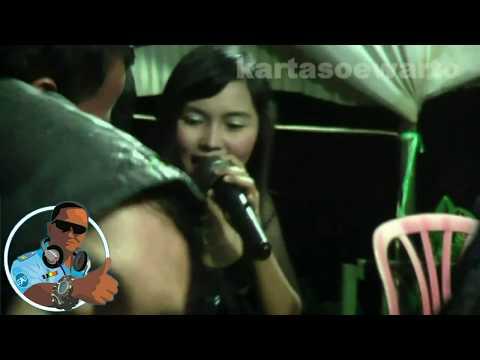 Dicuekin - Night Dangdut Party 2010