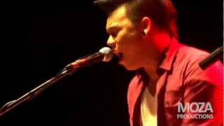 AJ Rafael - Disney medley (Live in Manila)