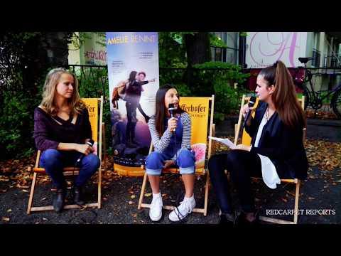 AMELIE RENNT   mit Mia Kasalo und Susanne Bormann