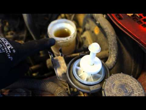 How to check brake fluid amount Honda Civic. Years 1990 - 2002