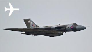 Vulcan B2 Bomber XH558 Farewell Flight Fly-by Manchester Airport