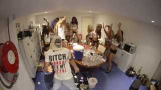 Toys Collective - Harlem Shake