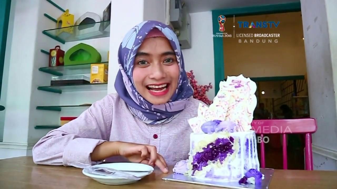 Geode Cake Cake Dengan Tempelan Batu Kristal Dari Gula Youtube