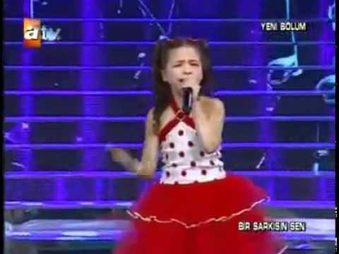 The Voice 2015│Battista Acquaviva - Psaume de David (Chant traditionnel)│Blind auditionde YouTube · Durée:  2 minutes 56 secondes
