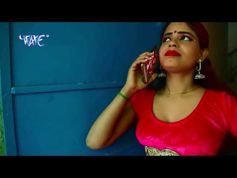 रंग डालता चोली खोल के - Rang Dalata - Buniya Khaya Kamiti Me Holi Hai - Bhojpuri Hot Holi Songs 2017