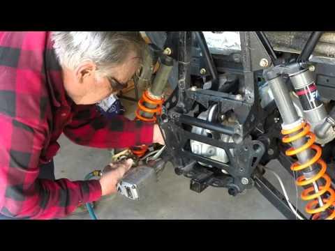 Razor 800 Pinion Nut Repair ... with Les Hansen