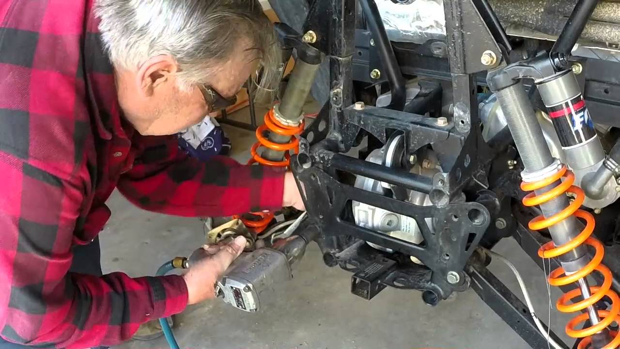razor 800 pinion nut repair with les hansen [ 1280 x 720 Pixel ]
