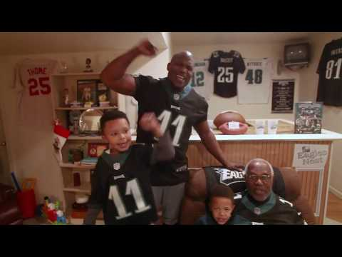 Fly, Eagles Fly: Family of Philadelphia sports fans sing the fight song