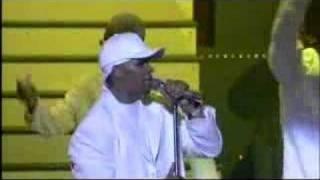 Download Lagu R Kelly - Step In The Name, Happy People - Mathew Kurien mp3