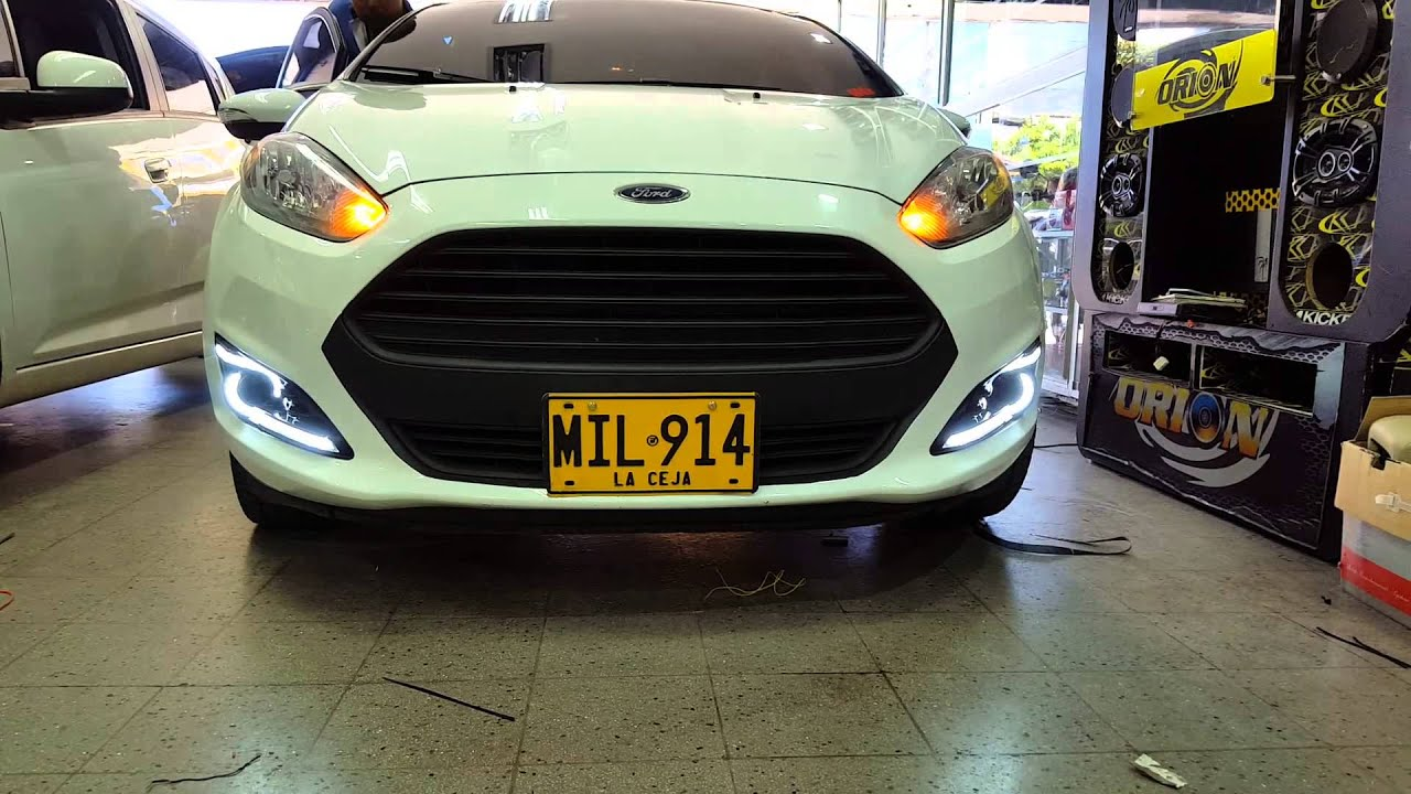 2015 Focus Rs >> LUCES LED DE CIRCULACION DIURNA DRL PARA FORD FIESTA SPECIAL LIGHTING COLOMBIA - YouTube