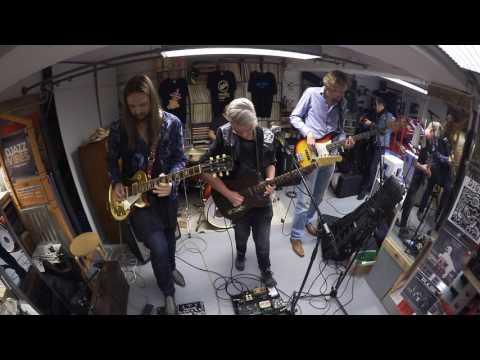 2017 Leif de Leeuw Band - In Store @ Record Store Day Wim's Muziekkelder