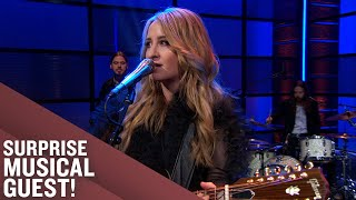 "Margo Price Performs ""Stone Me"" 