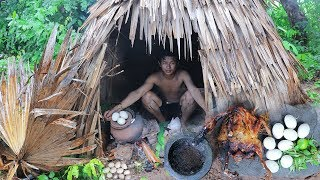 Primitive Technology: Roast Nature Duck With Baby Duck Eggs Under Raining
