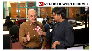How Anupam Kher Became Dr Manmohan Singh #AccidentalPrimeMinister | Republic World EXCLUSIVE