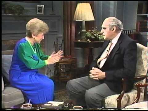 Abe Vigoda and Dr. Ruth talk marriage and show-business