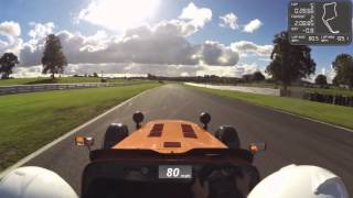 caterham r400 chasing down caterham 620r